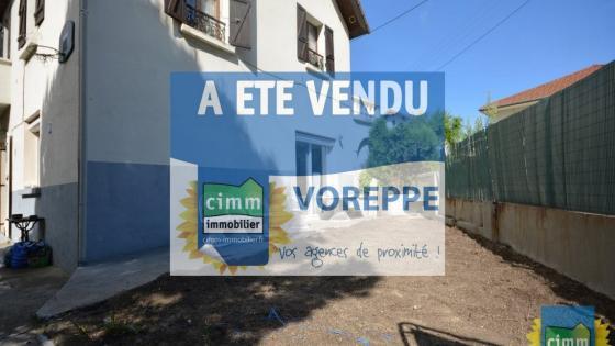 SAINT EGREVE, appartement / maison 87 m² avec jardin
