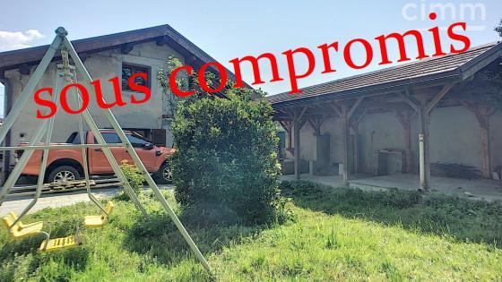 A vendre à Moirans, maison de 190m2 sur 1082m2 de terrain.