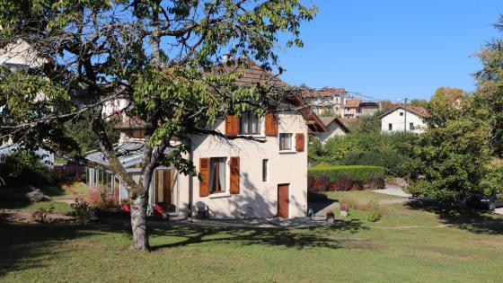 Charmante maison en plein au coeur de Thonon-Les-Bains à proximité de la place de Crête