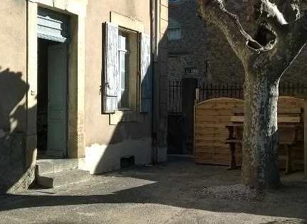 Montblanc, appartement F3 à louer au 1er étage