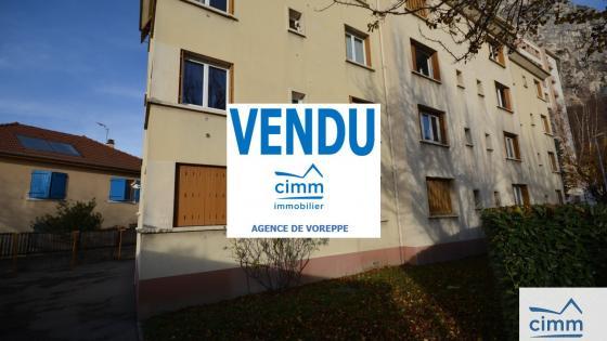 SAINT MARTIN LE VINOUX, appartement 3P + cuisine, cave. Poss Garage