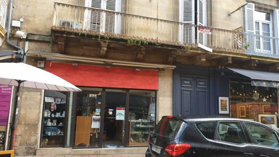 Local 40m2 centre ville SARLAT