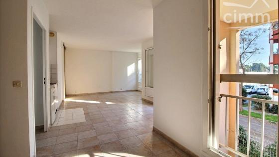 Montpellier, secteur Ovalie / Bagatelle, Appartement T2 de 40 m² avec garage en sous-sol