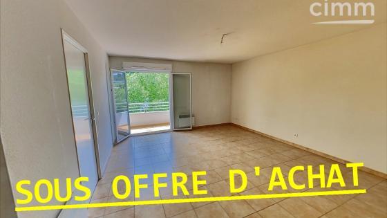 Appartement T3 avec balcon et parkings privatifs