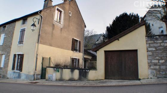 BLIGNY-SUR-OUCHE (21360) maison en pierre, 3 chambres