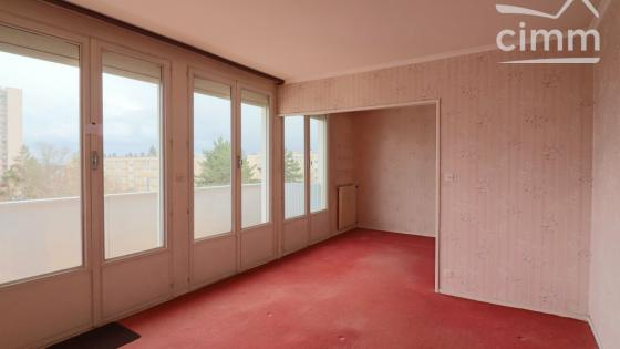 DIJON Valendons, Appartement Type 4, 2 chambres, balcon, caves