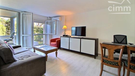 Montpellier, Estanove, Montcalm, T2 de 52 m2 avec loggia, parking à vendre
