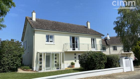 Maison aux portes de Bourges