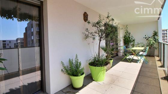 Montpellier, secteur Ovalie, Appartement 3 pièces de 66m² habitable avec terrasse et parking