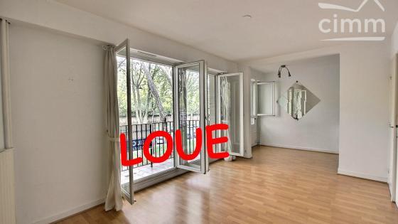 A LOUER VERSAILLES / Chantiers - Studio - 43,31 m2 - Loyer CC 810 euros