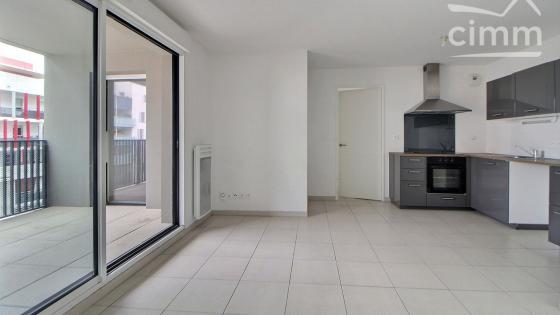 A LOUER, Ovalie, T3 55m² récent avec terrasse + double parking + cellier